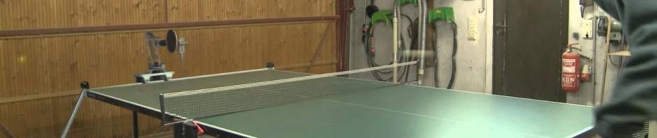 Robot UHTTR-1 imbattibile a ping pong